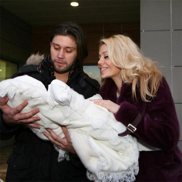 Таня Терешина опубликовала снимок двухлетней давности, когда она была самой счастливой рядом со Славой Никитиным