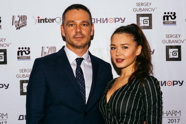 Сергей со старшей дочерью Кариной, которая пошла по его стопам