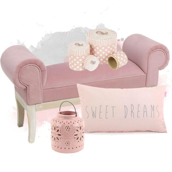 На самом пике популярности в данный момент мебель светло-розового цвета
