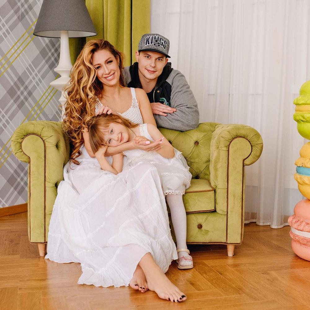 Фото родителей и детей дома 2