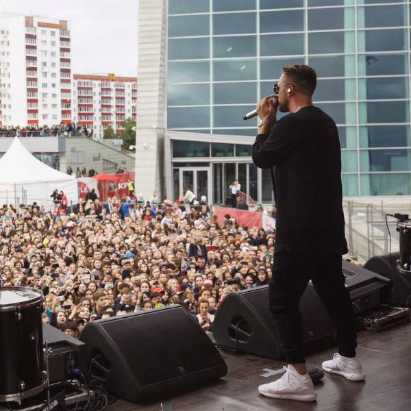 У Егора огромное количество фанатов