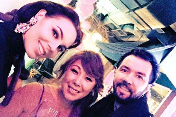 Анита Цой с Денисом Клявером и его супругой Ириной