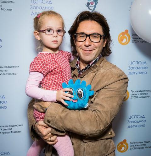 Андрей Малахов посетил Центр социальной помощи семье и детям
