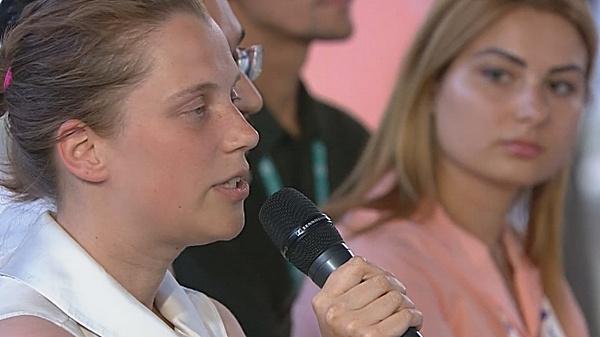 Светлана Козинова передвигается в инвалидной коляске