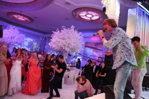 Группа «Иванушки International» на свадьбе Ксении Бородиной