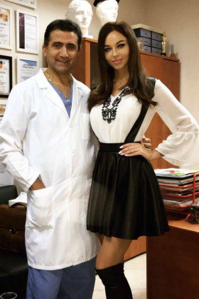 Анастасия Лисова вместе с пластическим хирургом