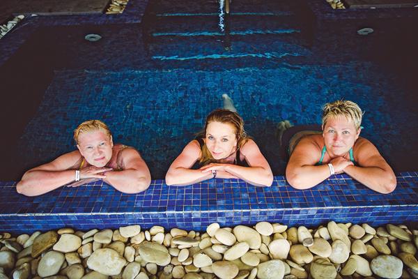 СПА-процедуры в бассейне с настоящей морской водой