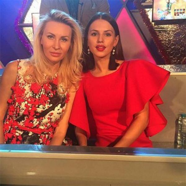 Элина Камирен и Александра Артемова