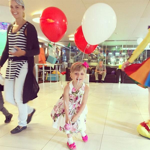 Дочка Екатерины Волковой Лиза обожает детские праздники