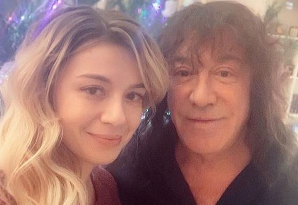 Соня Кузьмина с отцом