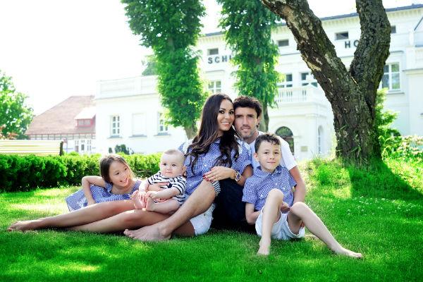 У Жирковых подрастают трое детей
