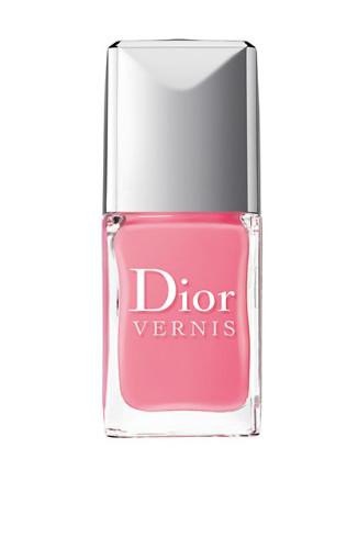 Dior Лак для ногтей Dior Vernis, №355 Rosy Bow, 1100 руб.