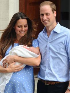 Кейт Миддлтон и принц Уильям с принцем Георгом