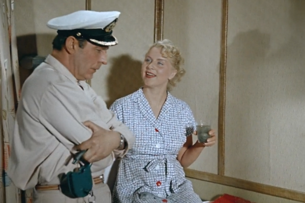 Супруг страшно ревновал Маргариту к партнеру по фильму