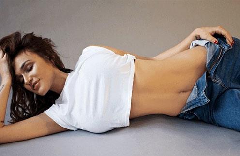 Алена Водонаева решилась на операцию по уменьшению груди