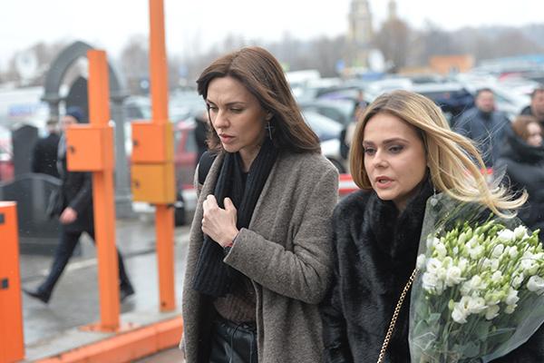 Надя Ручка и Ксения Новикова