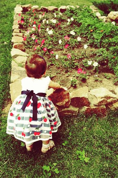 Елена Исинбаева впервые опубликовала фото дочки Евы в полный рост
