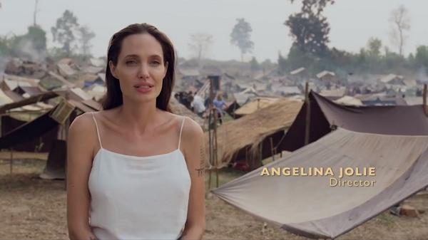 В 2017 году Джоли представила свой новый документальный фильм «Сначала они убили моего отца: Воспоминания дочери Камбоджи»