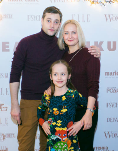 Роман Полянский с женой и дочкой Марфой