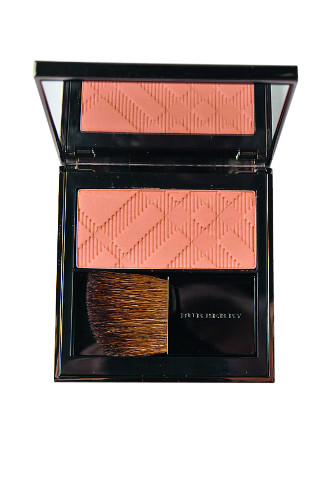 Burberry Beauty Румяна Light Glow, 2249 руб.