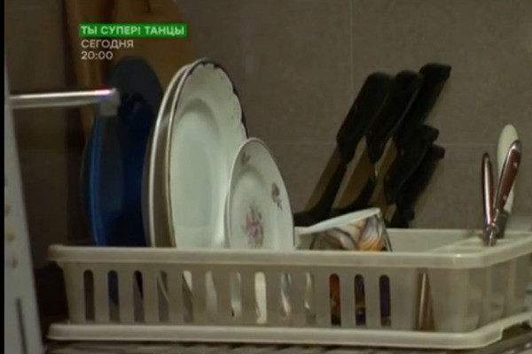 Андрей готовит в микроволновке