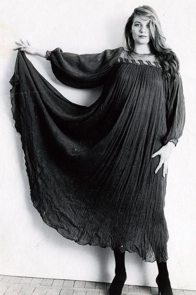 Актриса сама шила себе одежду, 90-е годы