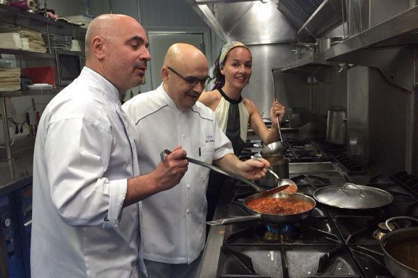 Михаил и Евгения берут мастер-классы по кулинарии