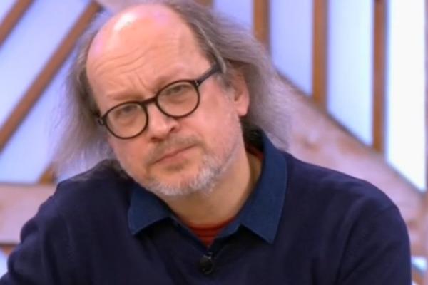 Леонид Юрьевич очень огорчен из-за ситуации в семье