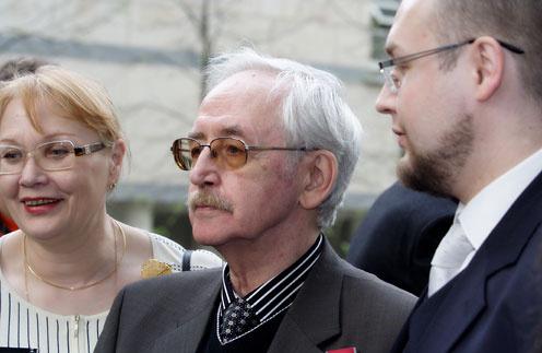Василий Ливанов с женой Еленой и сыном Борисом. 2007 год
