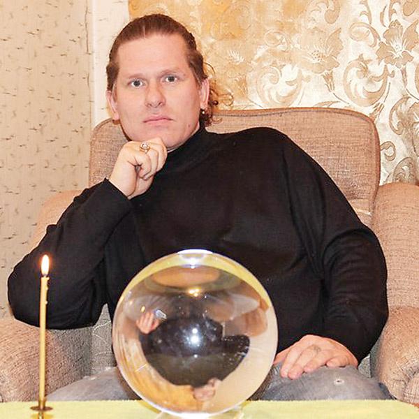 Максим Никитин