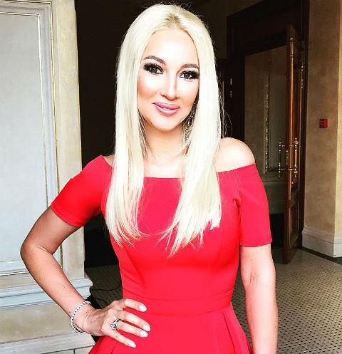 Лера Кудрявцева выписалась из роддома с новорожденной дочерью