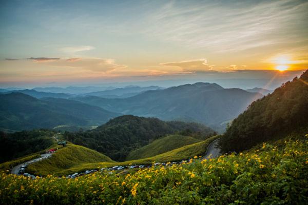Антон Лаверентьев рекомендует арендовать машину и самостоятельно проехаться по Северу Таиланда