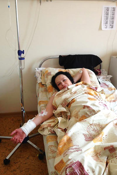 В больнице незадолго до операции. Май, 2013 год