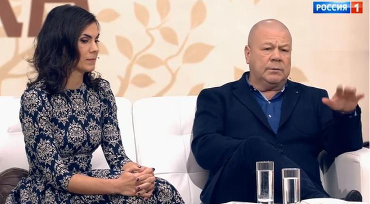 Сергей заставил вторую супругу Анну уйти с работы