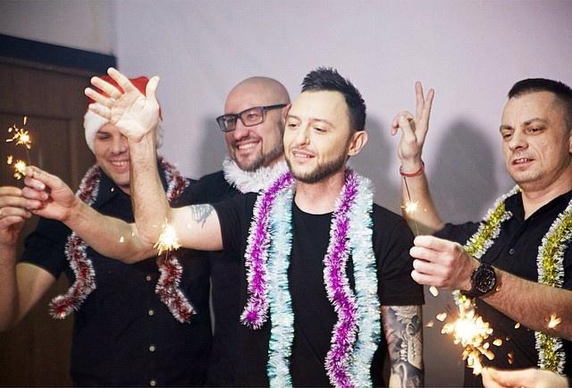 """Группа """"Звери"""" встречает Новый год"""