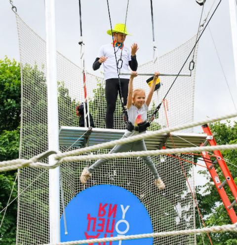 В Казани заработала школа воздушной гимнастики и полета «Трапеция Yota»
