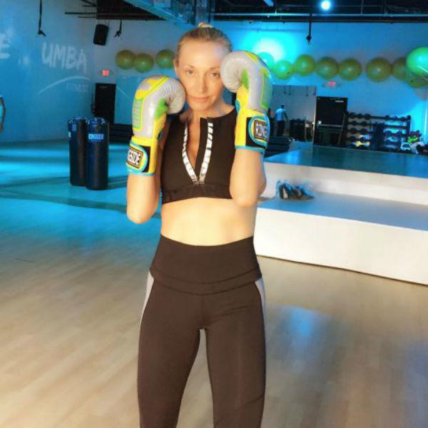 Кристина Орбакайте во время занятий боксом