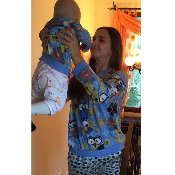 Рита Агибалова с дочкой