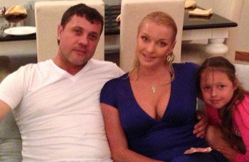 Бахтияр Салимов, Анастасия Волочкова и Ариадна