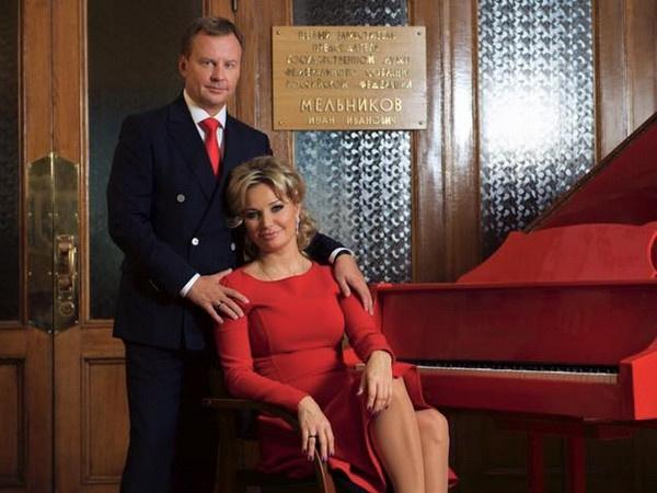 Денис Вороненков и Мария Максакова сыграли свадьбу в марте 2015 года