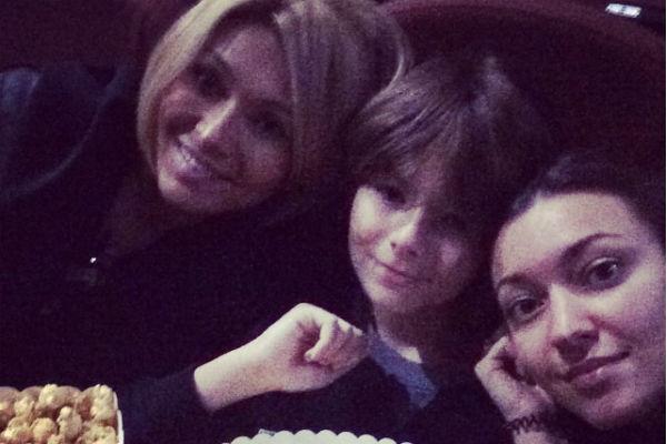 Анжелика Агурбаш с Анастасом и Дарией