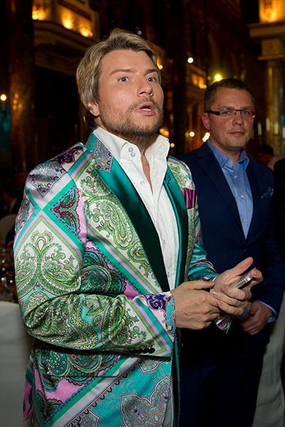 Николай Басков в тот вечер был элегантно не брит