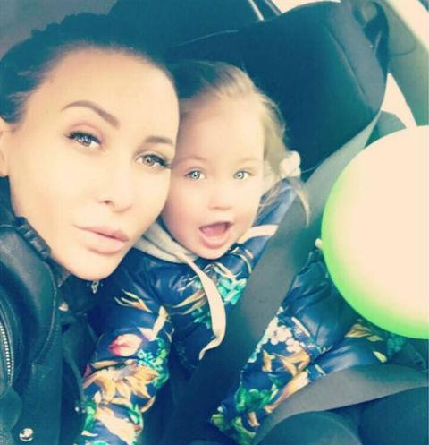 Элина Камирен с дочерью Сашей