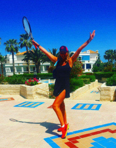 В Греции Ирсон принимает участие в соревнованиях среди любителей