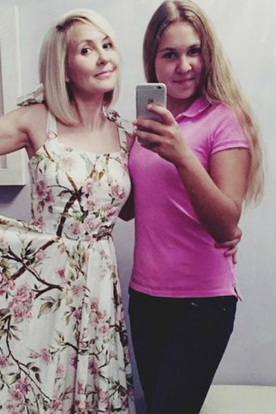 Василиса Володина с дочерью Викторией