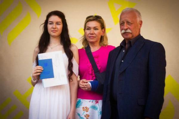 Леонид Якубович с семьей