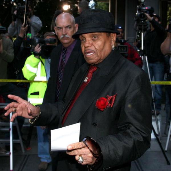 Отец Майкла Джексона умер спустя несколько дней с годовщины смерти сына