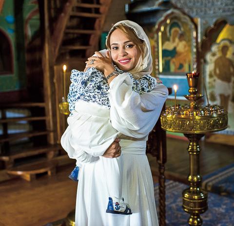 Анна Калашникова крестила сына. ФОТО