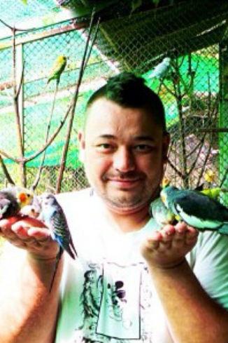 Сергей с местными жителями
