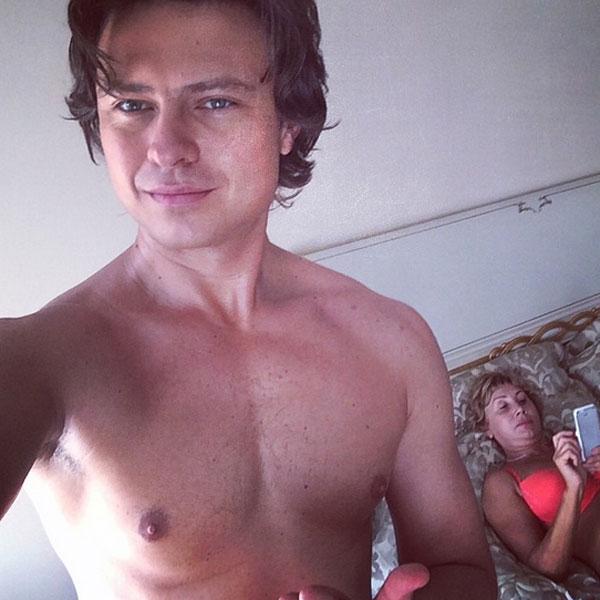 Так Прохор и Лариса Шаляпины спасаются от московской жары